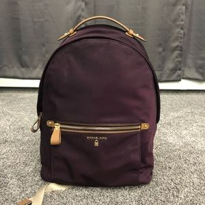 MICHAEL KORS Backpack💜